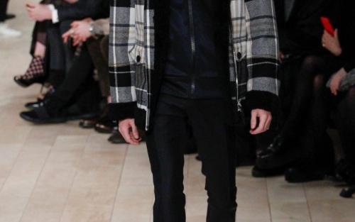 最新流行风尚 伦敦秋冬时装周将APP元素引入时尚界