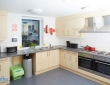布拉德福德大学 宿舍厨房